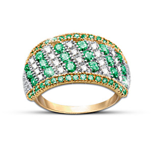 Women's Ring With 50 Emeralds And 20 Diamonds