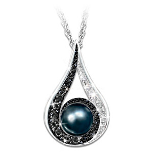 Diamond And Freshwater Cultured Black Pearl Pendant Necklace